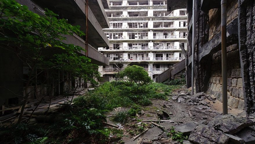 source: hashima-island.com